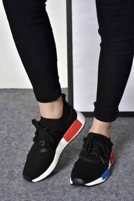 新款阿迪达斯NMD情侣运动鞋